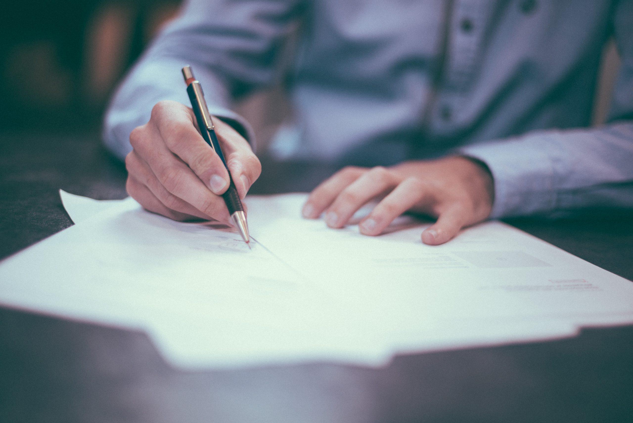 signing documents photo